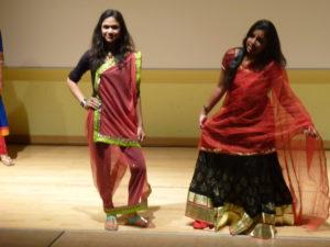 Nos correspondants avaient organisé un défilé de mode représentant les différentes régions indiennes.